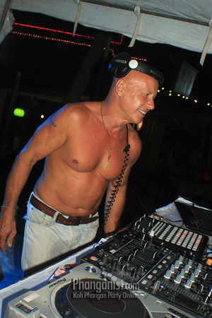 Tommy Beach Club Full Moon Party September 30