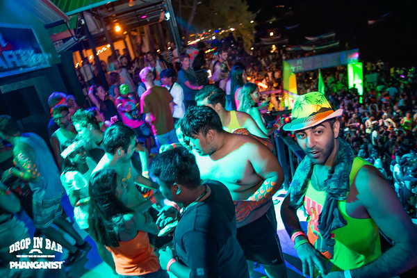 Drop In bar Full Moon Party 13 September 2019