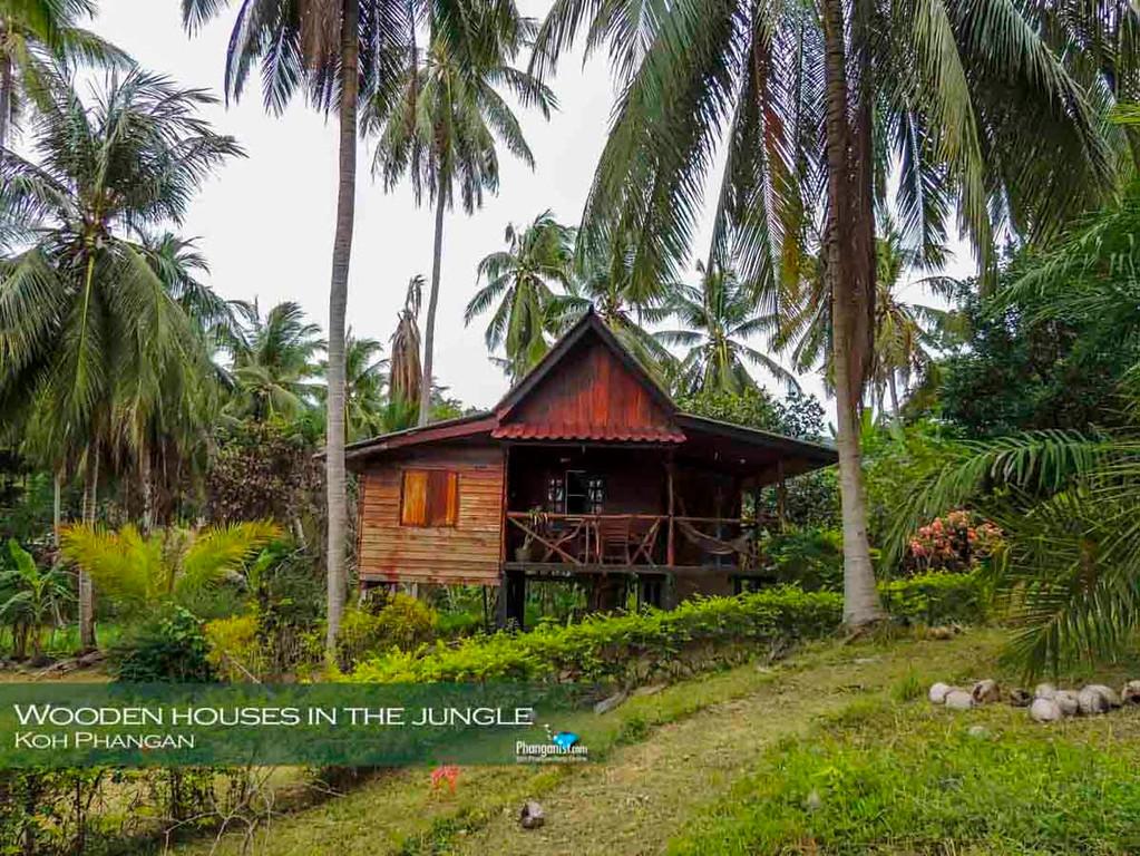 Traditional wooden bungalow Koh Phangan