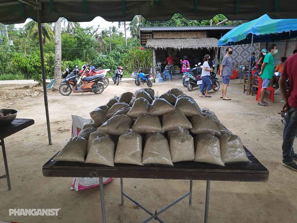 Free Food Distribution Ban Tai - 17 April 2020