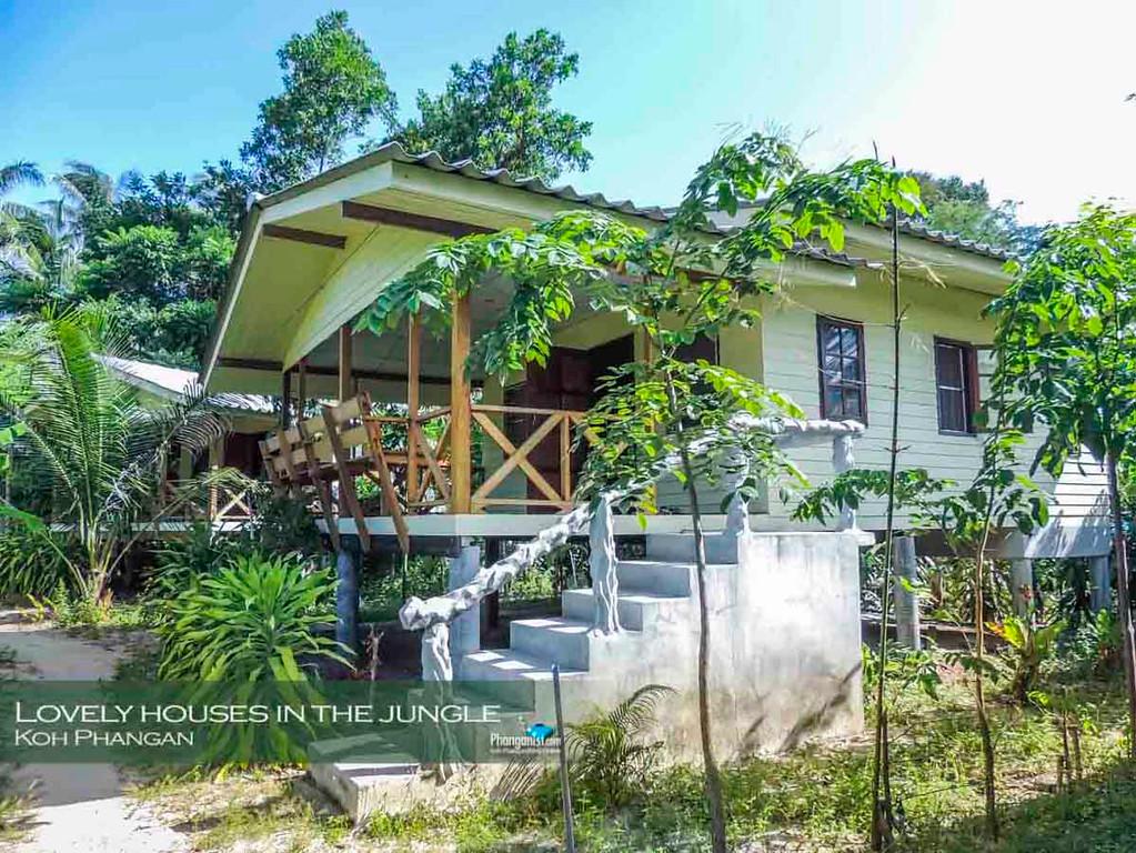 Large wooden bungalow Koh Phangan