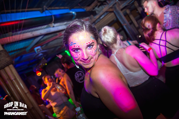 Drop In Bar Full Moon Party 20 March 2019
