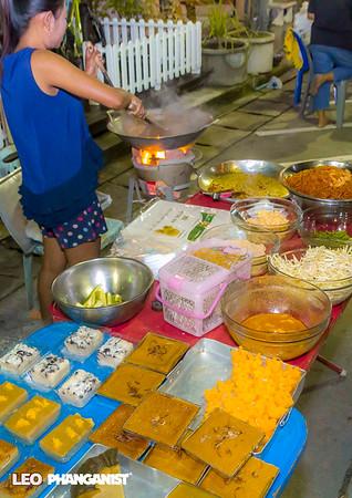 Walking Street Market Thong Sala November 05 2016