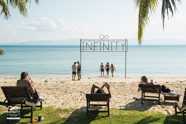 Infinity Beach Club Full Moon week 11 December  2019
