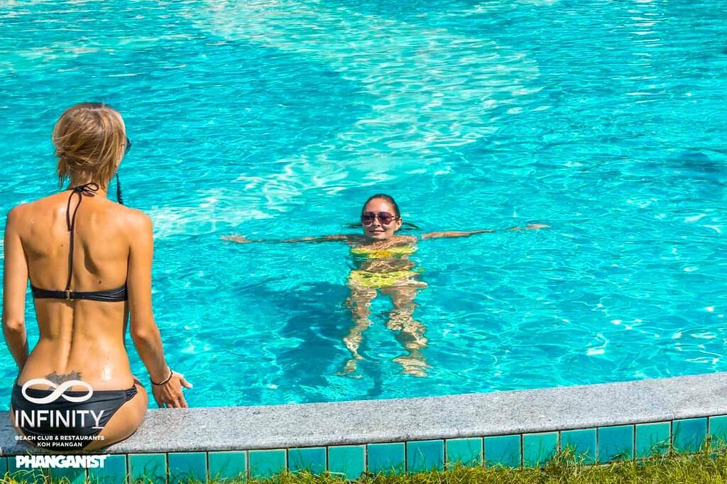 Swimming Koh Phangan